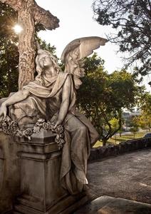 Escultura del cementiri de Montjuïc
