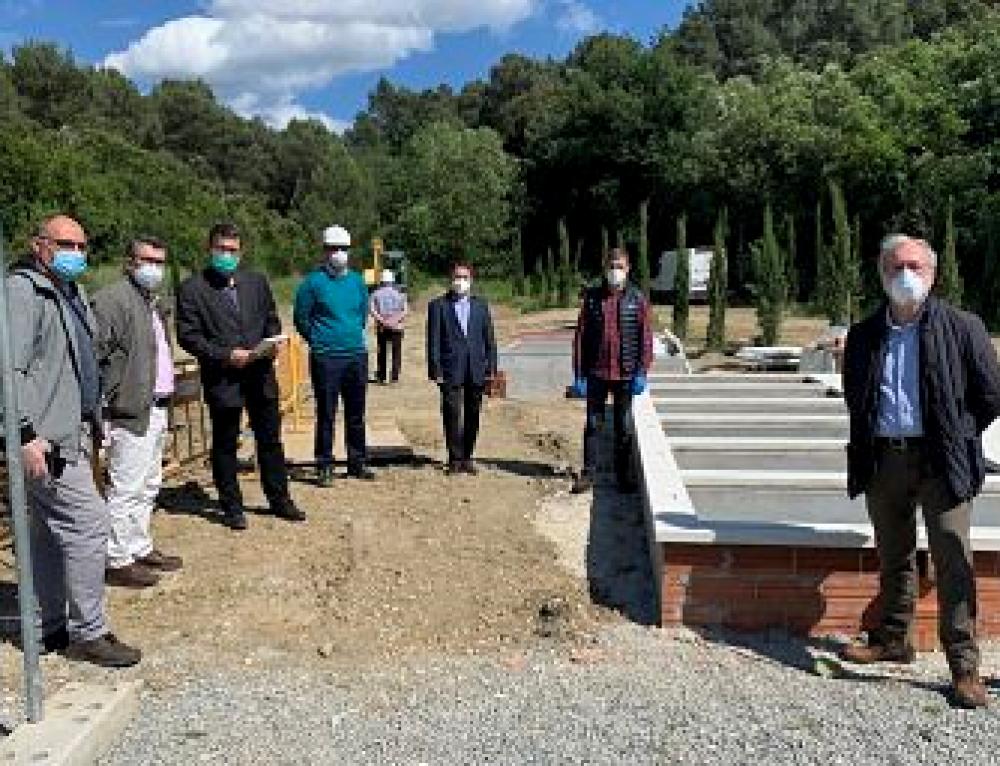 Representants de la comunitat musulmana visiten el cementeri de Collserola amb l'objectiu de fer un seguiment del projecte d'ampliació del Recinte Islàmic